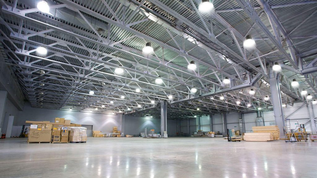 electrician for warehouse lighting