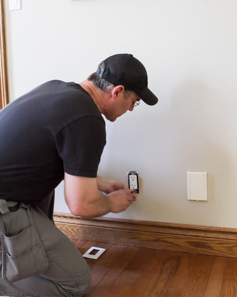 receptacles installed by ElectricMD - Electricians in Barrie, Newmarket, North York & York Region