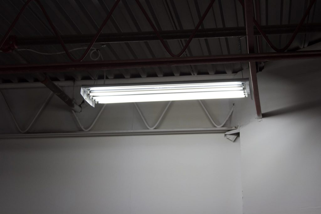 fluorescent lighting by ElectricMD - Electricians in Barrie, Newmarket, North York & York Region